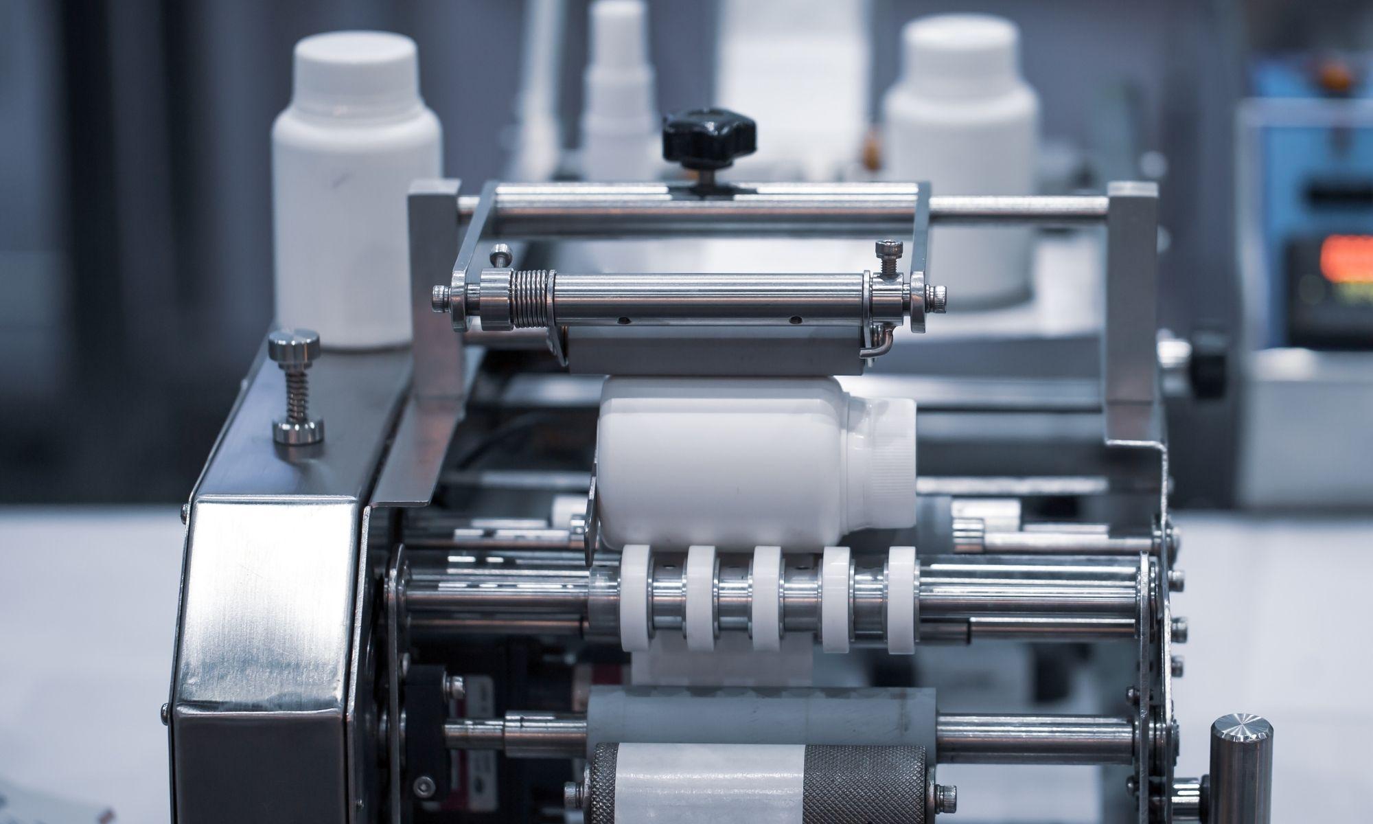 4 Benefits of Bottle Labeling Machines