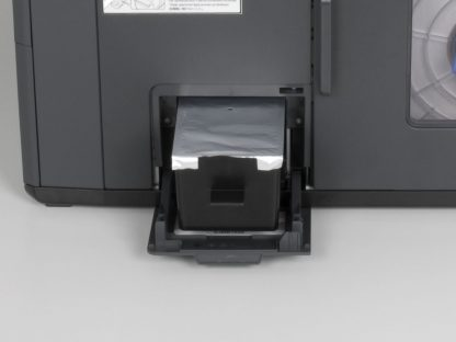 Epson ColorWorks C7500/C7500G Maintenance Box SJMB7500 (C33S020596) can easily be changed on the Epson ColorWorks C7500 Series Label Printers